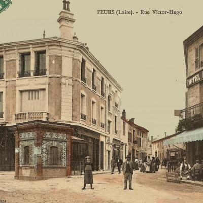 Place du forum et rue Victor Hugo